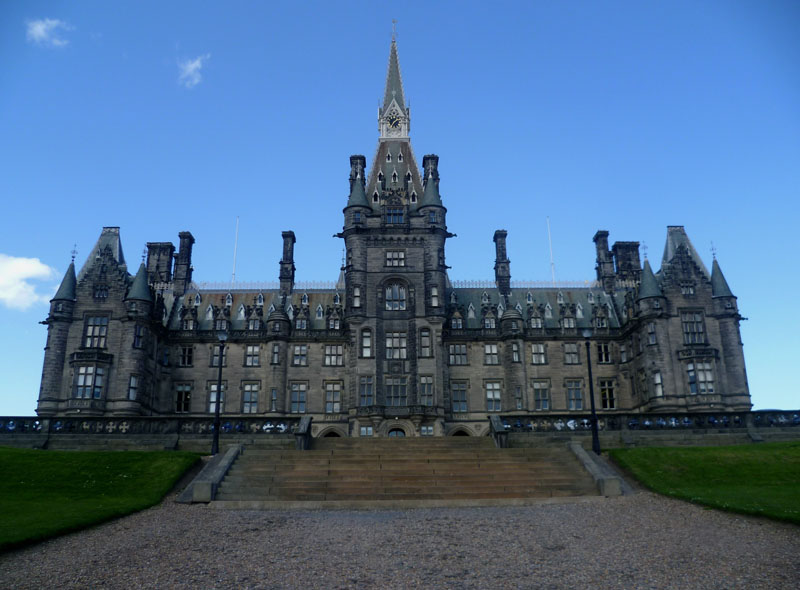Fettes College looks to expand mid-section teaching